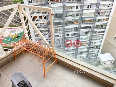 Practical 2 bedroom with balcony | Rental|The Icon(The Icon)Rental Listings (OKAY-R76976)_0