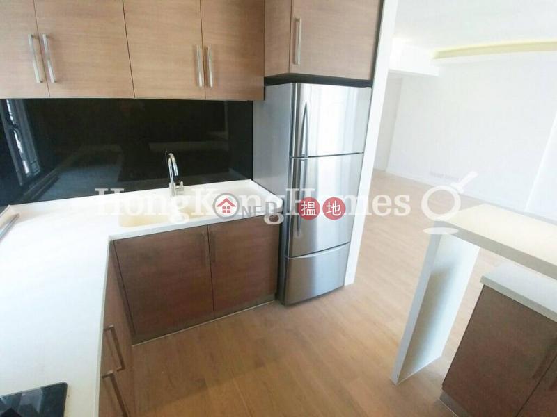 第一大廈兩房一廳單位出售102-108羅便臣道 | 西區香港出售-HK$ 2,200萬