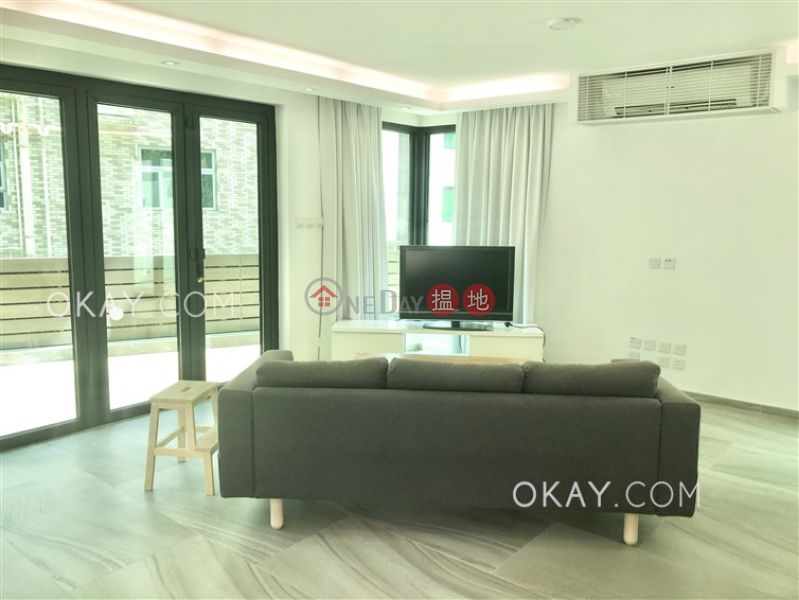 Rare house with rooftop, balcony | Rental | La Caleta 盈峰灣 Rental Listings