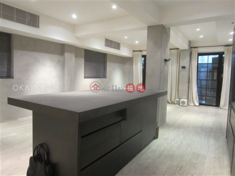 Charming 2 bedroom with terrace | Rental, 42 Robinson Road 羅便臣道42號 Rental Listings | Western District (OKAY-R314428)