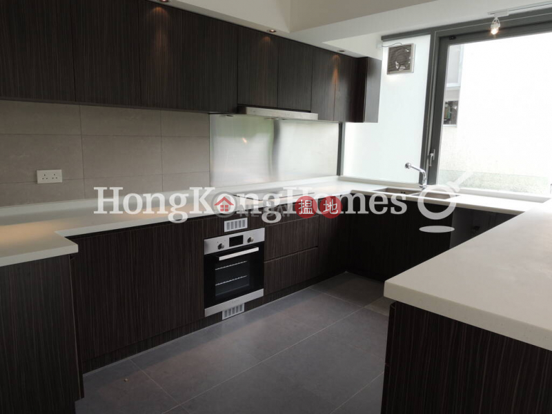 Property Search Hong Kong | OneDay | Residential | Rental Listings 4 Bedroom Luxury Unit for Rent at Sheung Yeung Village House
