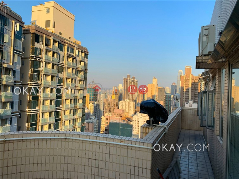 Charming penthouse with sea views, rooftop & terrace | For Sale | Block B KingsField Tower 景輝大廈B座 Sales Listings
