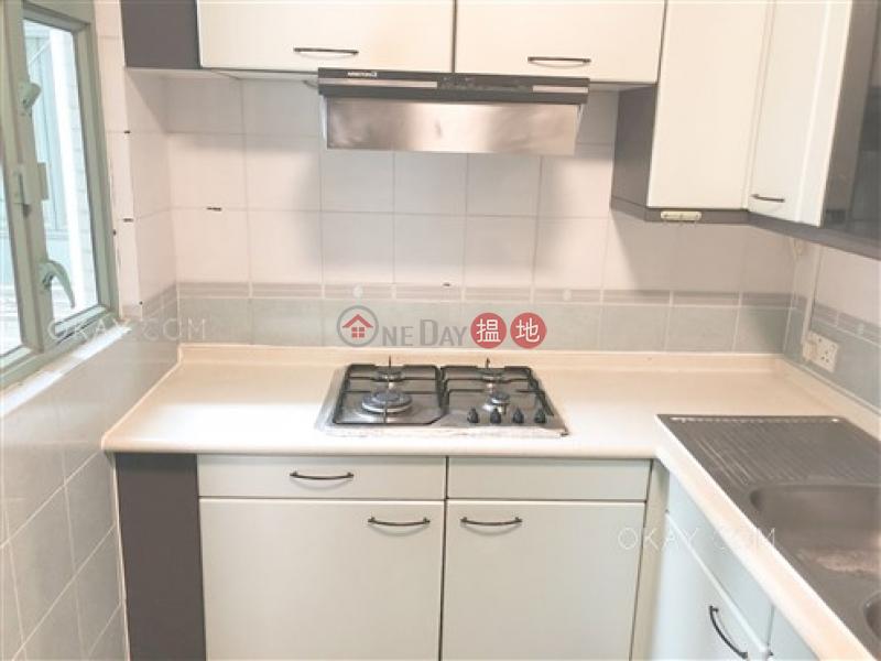 HK$ 37,000/ month, Goldwin Heights Western District, Elegant 2 bedroom on high floor | Rental