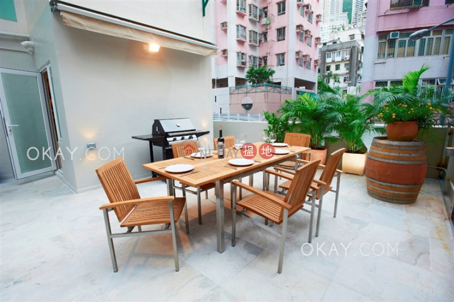 Elegant 1 bedroom with terrace | Rental | 209-223 Hollywood Road | Western District, Hong Kong, Rental HK$ 32,500/ month