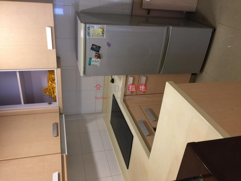 Flat for Rent in Sun Hey Mansion, Wan Chai 68-76 Hennessy Road | Wan Chai District Hong Kong, Rental | HK$ 23,500/ month