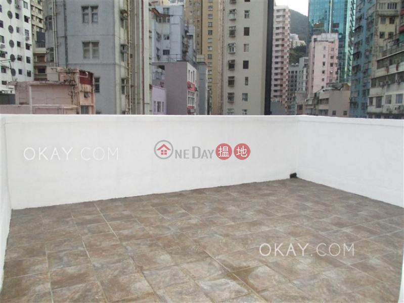 Tasteful 1 bedroom on high floor with rooftop | Rental | 29 Sing Woo Road 成和道29號 Rental Listings