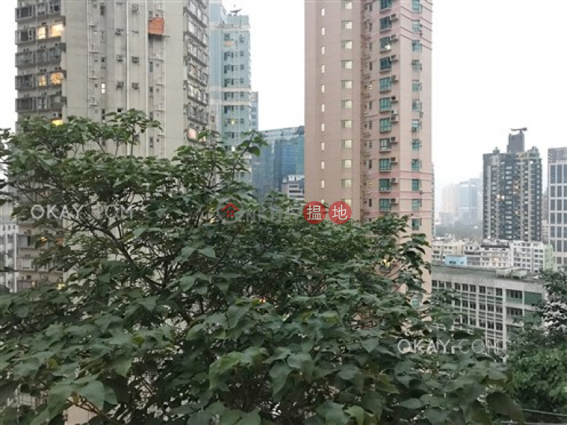Unique 2 bedroom with parking | For Sale, Full View Court 富威閣 Sales Listings | Wan Chai District (OKAY-S49025)