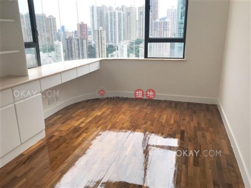 Elegant 2 bedroom with racecourse views & balcony   Rental   Greencliff 翠壁 Rental Listings