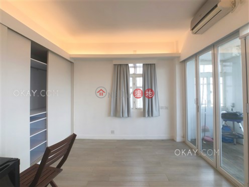 Popular 2 bed on high floor with harbour views   Rental   Bay View Mansion 灣景樓 Rental Listings