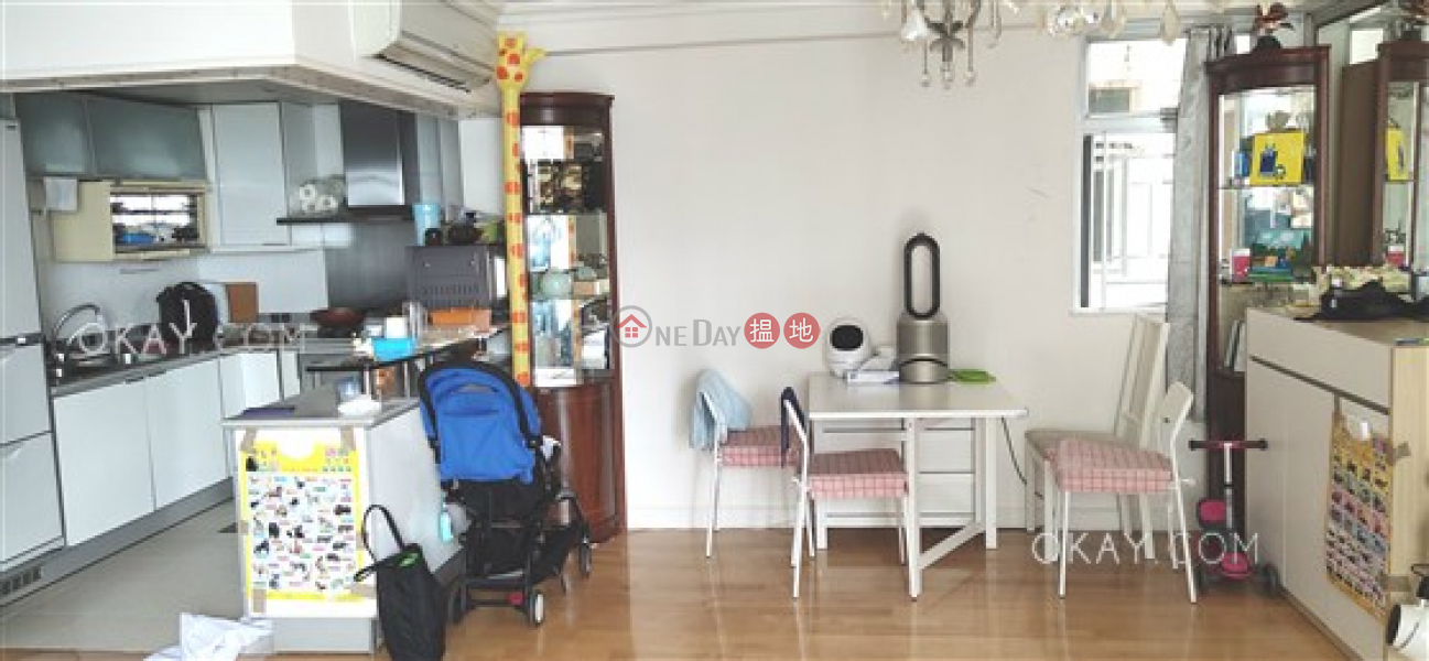 HK$ 30M | City Garden Block 12 (Phase 2),Eastern District Efficient 3 bedroom on high floor with balcony | For Sale