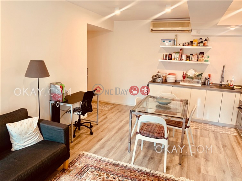 Property Search Hong Kong | OneDay | Residential | Sales Listings | Rare 2 bedroom in Sheung Wan | For Sale