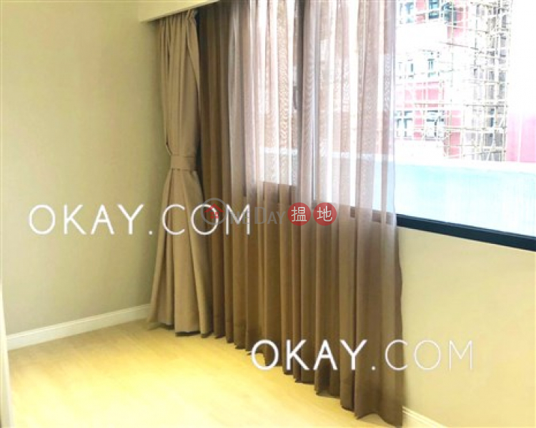 HK$ 59,000/ month Kingston Building Block B, Wan Chai District | Gorgeous 2 bed on high floor with harbour views | Rental