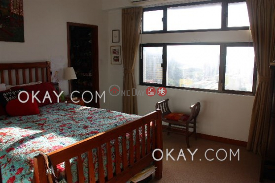 Efficient 3 bed on high floor with balcony & parking | For Sale | Fulham Garden 富林苑 A-H座 Sales Listings