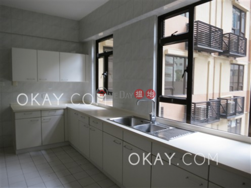Unique 4 bedroom with balcony | Rental, William Mansion 惠利大廈 Rental Listings | Central District (OKAY-R13805)