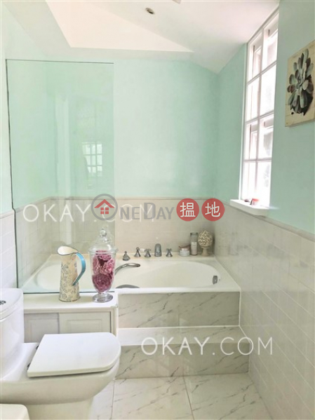 HK$ 24.5M | Stanford Villa Block 2 | Southern District Popular 2 bedroom with parking | For Sale
