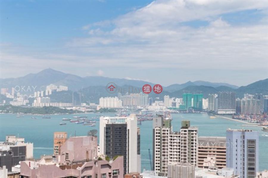 1房1廁,極高層,連租約發售,露台《嘉年華閣出租單位》 141-145堅道   中區香港 出租HK$ 40,000/ 月