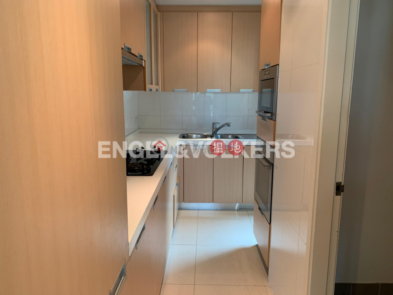 3 Bedroom Family Flat for Rent in Central Mid Levels | Hillsborough Court 曉峰閣 Rental Listings