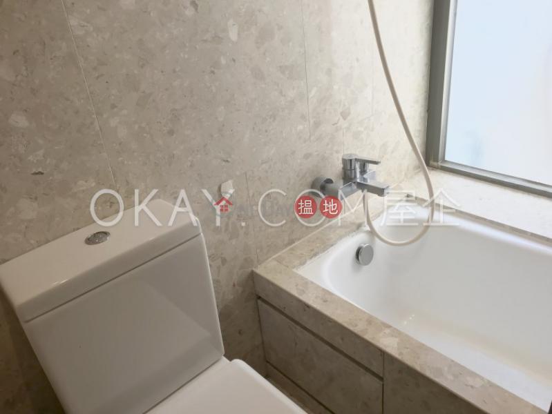 HK$ 32,000/ 月 西浦-西區-2房1廁,星級會所,露台西浦出租單位