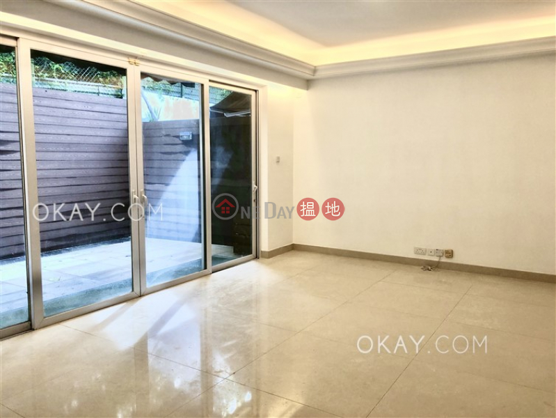 HK$ 68,000/ month Las Pinadas Sai Kung Lovely house with terrace & parking   Rental