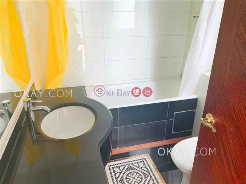 3房2廁,連車位,露台《壹號九龍山頂出租單位》8寶豐台 | 荃灣香港|出租-HK$ 29,000/ 月