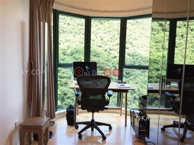 Tasteful 2 bedroom on high floor | Rental | Hillsborough Court 曉峰閣 Rental Listings