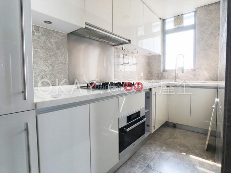 HK$ 43,000/ 月盈峰一號-西區3房2廁,極高層,海景,星級會所盈峰一號出租單位