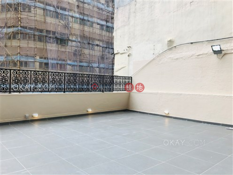 Popular 1 bedroom with terrace | For Sale | Lai Sing Building 麗成大廈 Sales Listings