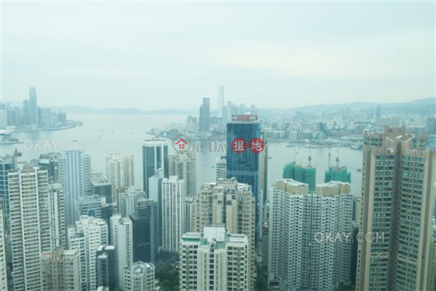 Property Search Hong Kong | OneDay | Residential Sales Listings | Stylish 3 bedroom on high floor with sea views | For Sale