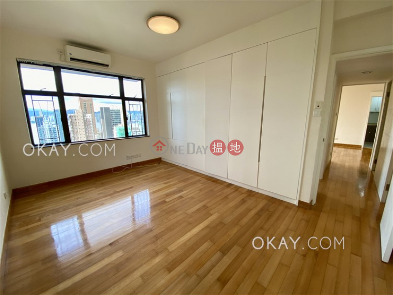HK$ 21.8M Parkway Court | Western District | Unique 3 bedroom in Mid-levels West | For Sale