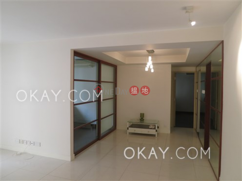 Efficient 2 bedroom with balcony | For Sale | 39 Kennedy Road | Wan Chai District, Hong Kong Sales | HK$ 20M