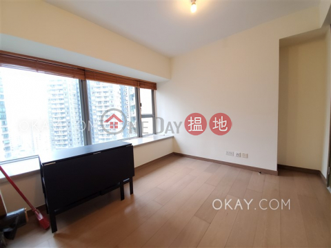 Nicely kept 2 bedroom with balcony | For Sale|Centre Point(Centre Point)Sales Listings (OKAY-S80430)_0