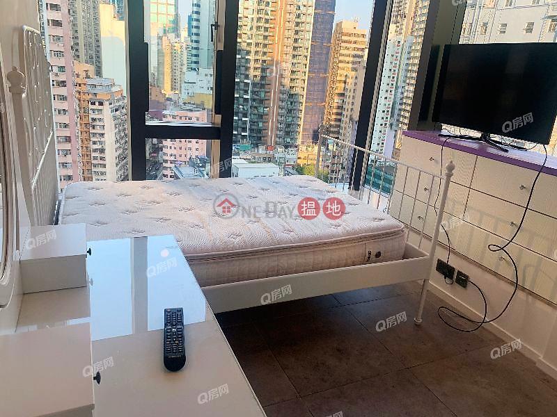 開揚海景,新樓靚裝,名校網,鄰近地鐵,實用三房《瑧璈買賣盤》-321德輔道西 | 西區-香港|出售-HK$ 1,800萬