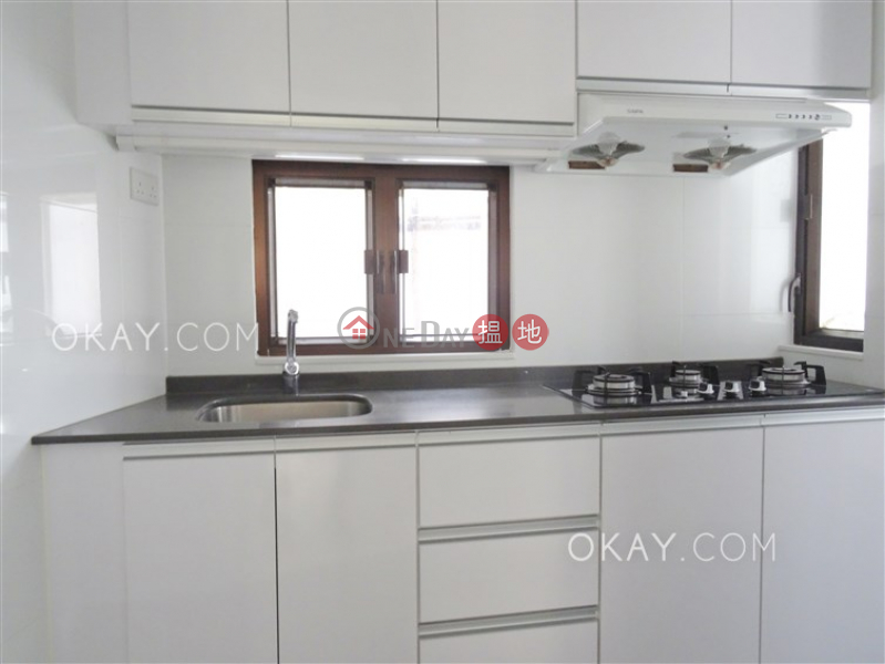 Luxurious 2 bedroom with sea views & parking | For Sale | Block C1 – C3 Coral Court 珊瑚閣 C1-C3座 Sales Listings
