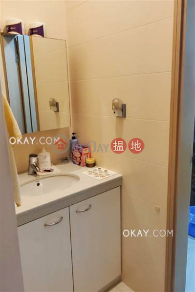 Efficient 3 bedroom on high floor with parking | For Sale | Rhine Court 禮賢閣 Sales Listings