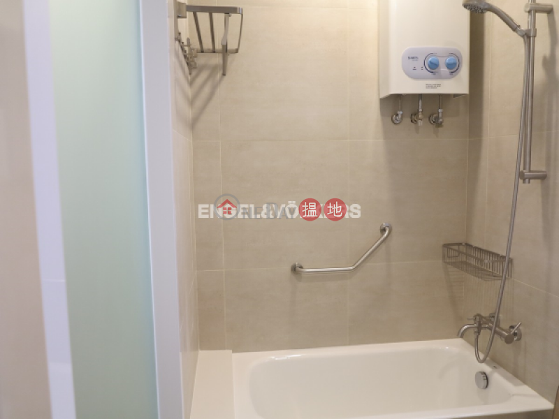 HK$ 56,000/ month Se-Wan Mansion | Wan Chai District | 3 Bedroom Family Flat for Rent in Happy Valley