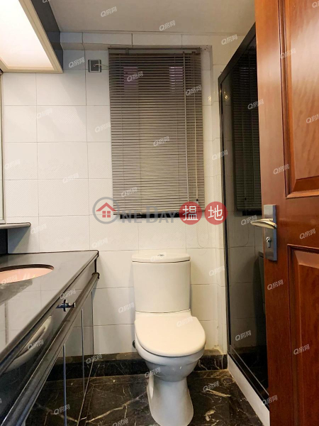 HK$ 75,000/ month, Dynasty Court, Central District, Dynasty Court | 3 bedroom Mid Floor Flat for Rent