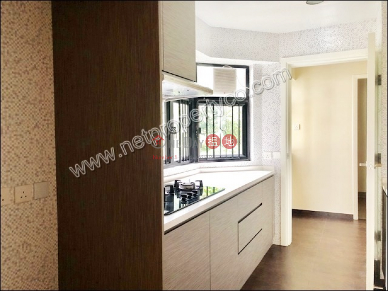 Spacious Apartment for Rent in Mid-Levels East, 33 Perkins Road | Wan Chai District | Hong Kong, Rental | HK$ 70,000/ month