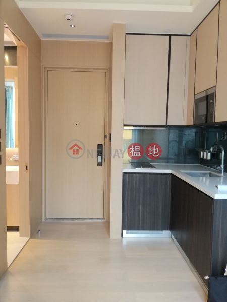 HK$ 36,000/ month Tower 1 One Silversea, Yau Tsim Mong, high floor sea view
