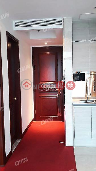 HK$ 18,800/ month, The Coronation | Yau Tsim Mong | The Coronation | 1 bedroom Mid Floor Flat for Rent