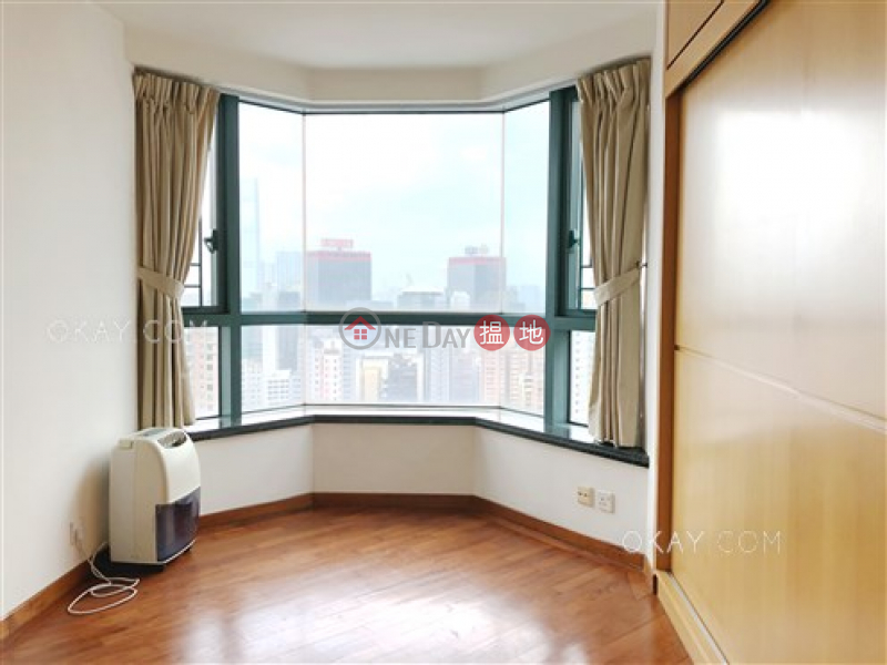 HK$ 23.8M, 80 Robinson Road Western District, Elegant 2 bedroom in Mid-levels West   For Sale