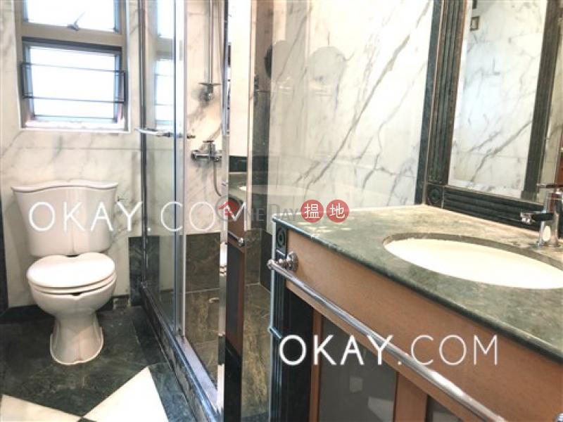 Popular 3 bedroom with parking | Rental, King\'s Park Villa Block 1 帝庭園1座 Rental Listings | Yau Tsim Mong (OKAY-R377971)