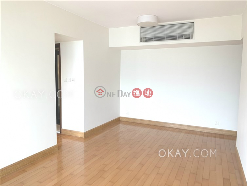 Stylish 2 bedroom in Kowloon Station | Rental | The Harbourside Tower 2 君臨天下2座 Rental Listings