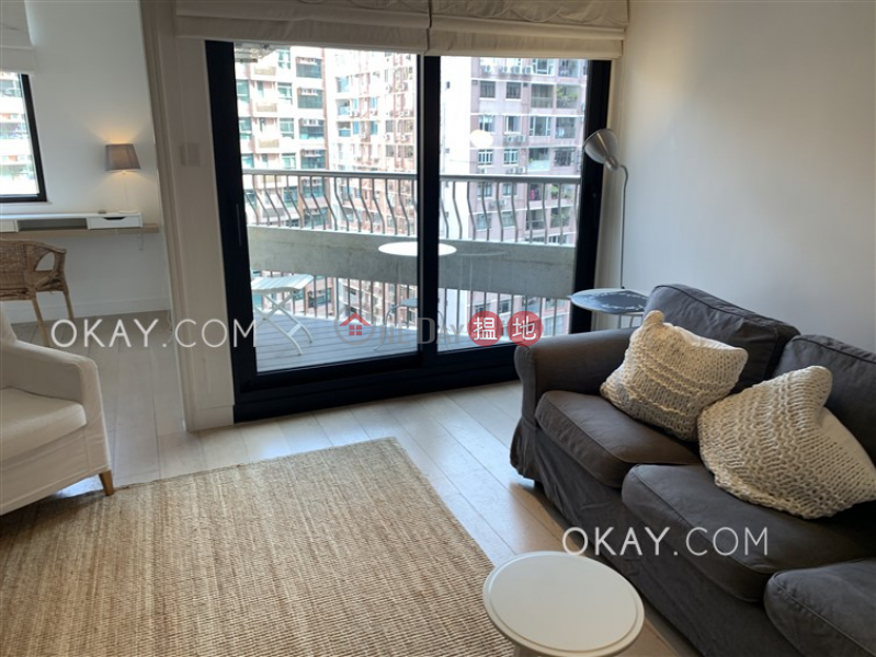 HK$ 12.9M, Scenic Heights | Western District | Charming 2 bedroom with balcony | For Sale