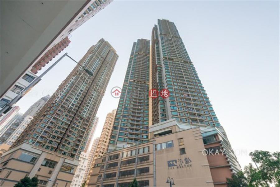 香港搵樓|租樓|二手盤|買樓| 搵地 | 住宅出售樓盤|2房1廁,極高層,星級會所,露台《泓都出售單位》