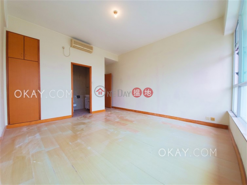 HK$ 80,000/ month Riviera Apartments | Southern District, Lovely 3 bedroom with balcony & parking | Rental