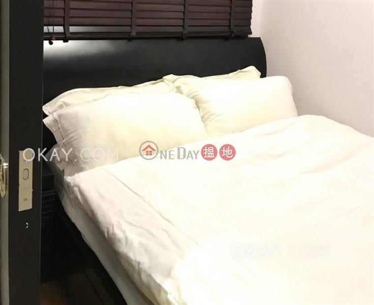 Property Search Hong Kong | OneDay | Residential | Rental Listings | Generous 1 bedroom in Mid-levels West | Rental