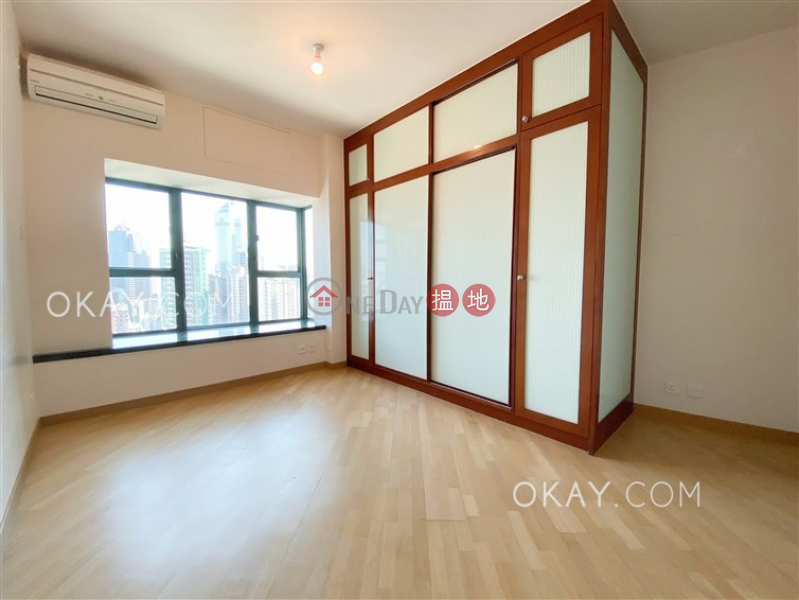 HK$ 63,000/ month | 80 Robinson Road, Western District | Stylish 3 bedroom with harbour views & parking | Rental