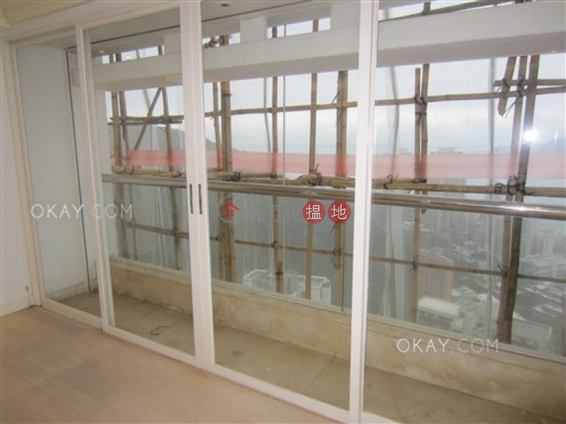 4房3廁,實用率高,極高層,連車位《碧苑大廈出售單位》 6寶珊道   西區香港出售HK$ 8,300萬