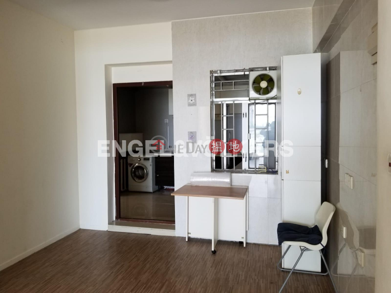 Property Search Hong Kong | OneDay | Residential, Rental Listings 3 Bedroom Family Flat for Rent in Yau Kam Tau