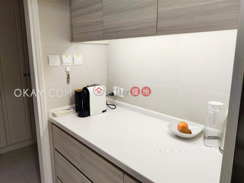 Popular 1 bedroom on high floor with rooftop   For Sale   Mandarin Court 文華閣 Sales Listings